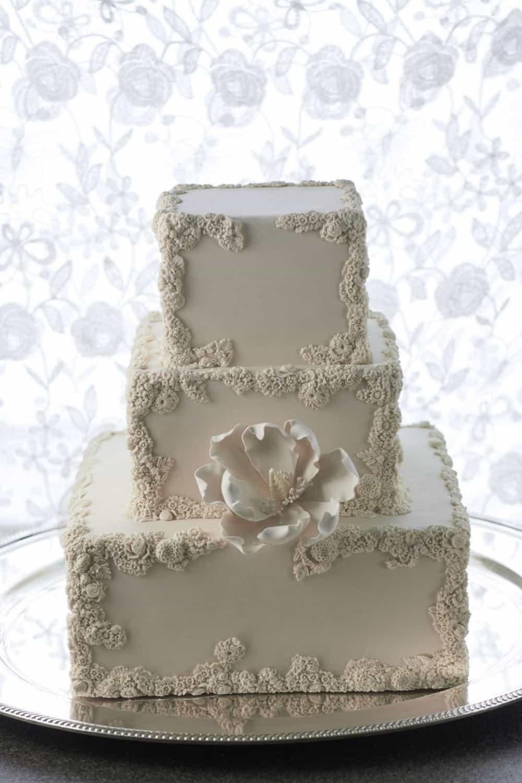 WEDDINGS Ms Bs CAKERY