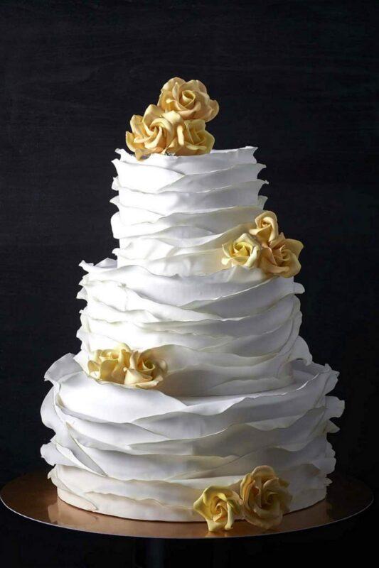 3 Wedding Cake 07