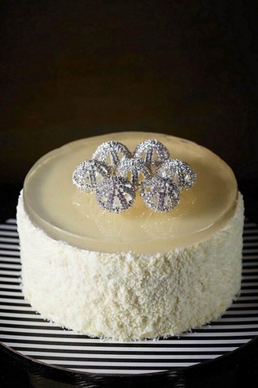 Ms B's CAKERY – Champagne Chocolate & Diamonds3